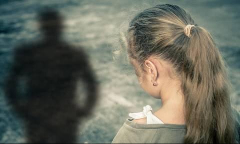 Σάτυρος προσπάθησε να αποπλανήσει ανήλικα κορίτσια στο Κερατσίνι