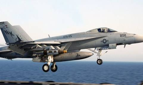 Ρωσικά μαχητικά βομβάρδισαν για πρώτη φορά την Παλμύρα