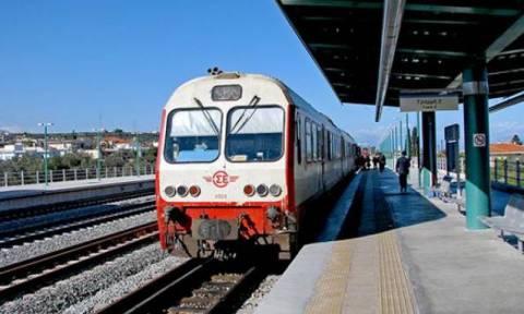 Οι σιδηροδρομικοί δίνουν δύο ευρώ από τον μισθό τους υπέρ των προσφύγων
