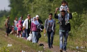 Συνδυασμό του προσφυγικού με ελάφρυνση χρέους προτείνει ο Χατζημαρκάκης