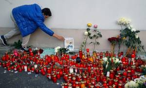 Στους 32 οι νεκροί από τη φονική έκρηξη σε νυχτερινό κέντρο του Βουκουρεστίου