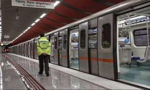 Σε ισχύ η απεργία των μέσων σταθερής τροχιάς - Χωρίς δρομολόγια σε τραμ, ηλεκτρικό και μετρό