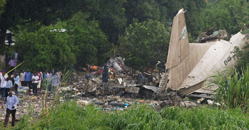 Συντριβή αεροσκάφους Νότιο Σουδάν: Πληροφορίες κάνουν λόγο για 40 νεκρούς (pics&vid)