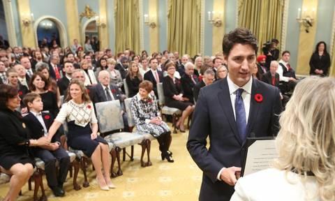 Καναδάς: Ορκίστηκε ο νέος πρωθυπουργός της χώρας, Τζάστιν Τριντό (pics)
