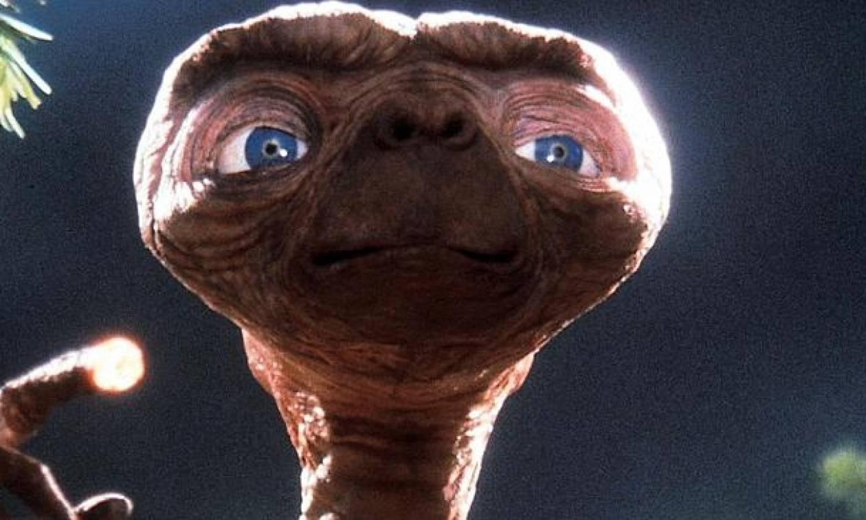 Πέθανε η «μητέρα» του E.T. του εξωγήινου