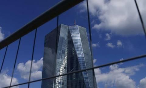 Bελτιώνεται η ρευστότητα των ελληνικών τραπεζών - Μείωση ELA κατά 900 εκατ. ευρώ