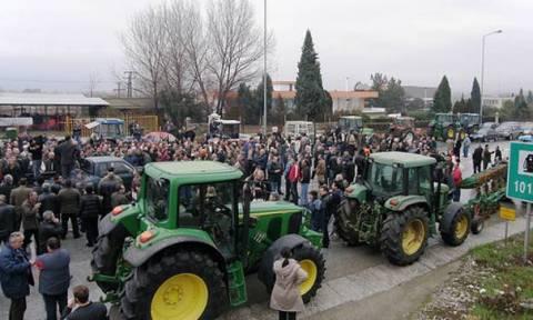 Κόρινθος: Μηχανοκίνητη πορεία αγροτών ενάντια στα φορολογικά μέτρα
