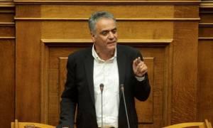 Βουλή: Αντιπαράθεση Σκουρλέτη – Βορίδη για την επίθεση που δέχτηκε ο Κουμουτσάκος