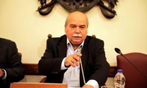 Ο πρόεδρος της Βουλής καταδικάζει την επίθεση στον Κουμουτσάκο