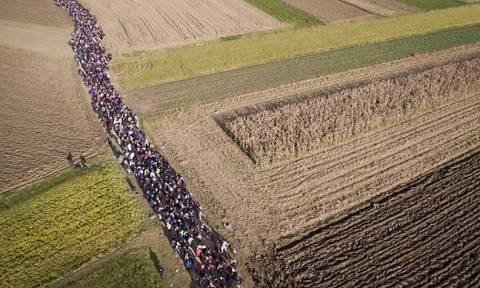 Συγκλονιστική πρόβλεψη: Σχεδόν 2 εκατομμύρια πρόσφυγες θα φθάσουν στην Ευρώπη μέχρι το 2017