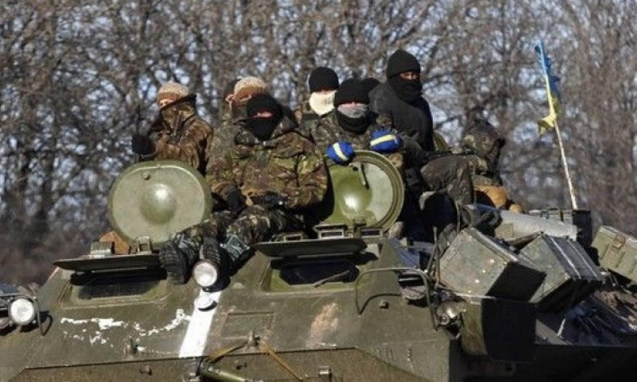 Ουκρανία: Οι αντάρτες απέσυραν τα βαριά όπλα από το Ντονέτσκ – Δεν επιβεβαιώνει ο ΟΑΣΕ
