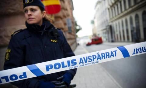 Συναγερμός στην Στοκχόλμη από τρομοκρατική επίθεση… κουρτινόξυλου!