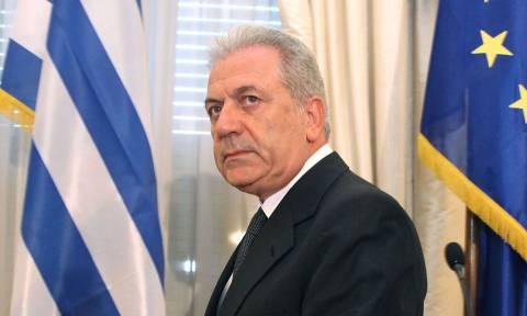 Αβραμόπουλος: Όλες οι χώρες βρίσκονται υπό πίεση  με το προσφυγικό ζήτημα
