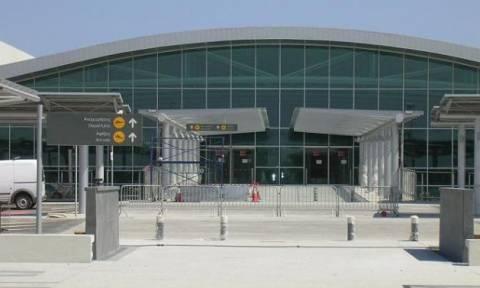 ΑΚΕΛ: Ανάκληση απόφασης μετονομασίας του αεροδρομίου Λάρνακας σε «Γλ. Κληρίδης»