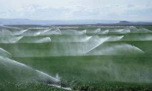 Αυξήσεις στα τιμολόγια νερού σε αγρότες, οικίες και βιομηχανία