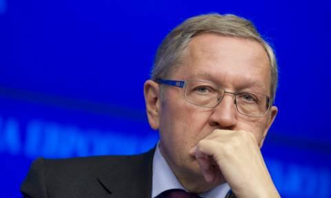 Ρέγκλινγκ: Έτοιμοι να συζητήσουμε για ελάφρυνση του ελληνικού χρέους μέσα στο 2015