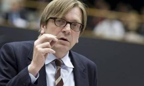PM Tsipras to meet Verhofstadt on Monday (9/11)