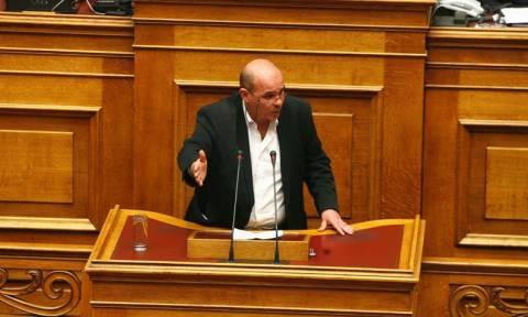 Γιάννης Μιχελογιαννάκης: Θέλω να ξέρω αν υπηρετώ τρομοκράτες