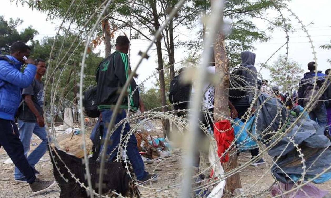 Χάος στην Ειδομένη: Κάθε ώρα καταφθάνουν δέκα λεωφορεία γεμάτα πρόσφυγες