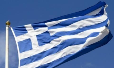 Αλβανία: Έκαψαν ελληνική σημαία σε γραφείο μειονοτικής οργάνωσης