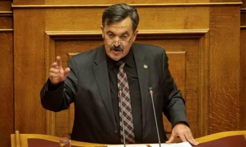 Χαμός στη Βουλή - Παππάς: Μ.....α, αντε γ....σου