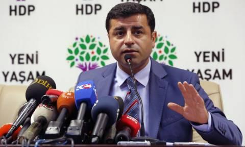 Τουρκία: Ο Ντεμιρτάς κατηγορεί τον Ερντογάν ότι επιδιώκει μια «συνταγματική δικτατορία»
