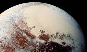 Ο Πλούτωνας συνεχίζει να συναρπάζει! Τα βουνά στον πλανήτη φαίνεται να ήταν ηφαίστεια πάγου (pics)