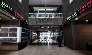 Παράταση της απαγόρευσης των ανοιχτών πωλήσεων επί των τραπεζικών μετοχών