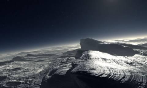 Hφαίστεια που εκτόξευαν πάγο ανακαλύφθηκαν στον Πλούτωνα