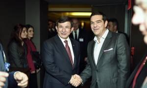 Νταβούτογλου σε Τσίπρα: Έλα να δούμε μαζί το Τουρκία - Ελλάδα στην Κωνσταντινούπολη