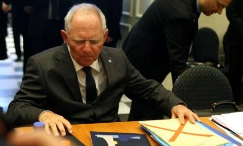 Σόιμπλε: Θέλετε οικονομική ανάπτυξη; Πάρτε πρόσφυγες