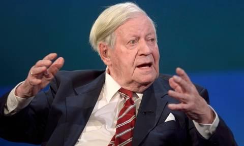 «Έφυγε» από τη ζωή ο πρώην καγκελάριος της Δυτικής Γερμανίας Χέλμουτ Σμιτ