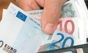 Αυξήθηκε το πραγματικό εισόδημα των ελληνικών νοικοκυριών λέει η Ευρωπαϊκή Κεντρική Τράπεζα!