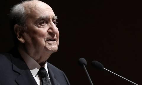 Ο Κωνσταντίνος Μητσοτάκης για το θάνατο του πρώην Καγκελάριου Χέλμουτ Σμιτ