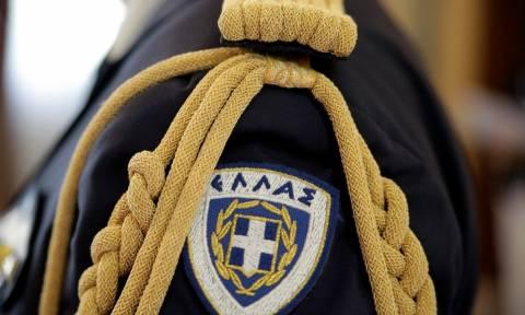 Ντροπή: Ξηλώνουν το εθνόσημο από τις στολές των αξιωματικών των Ε.Δ!