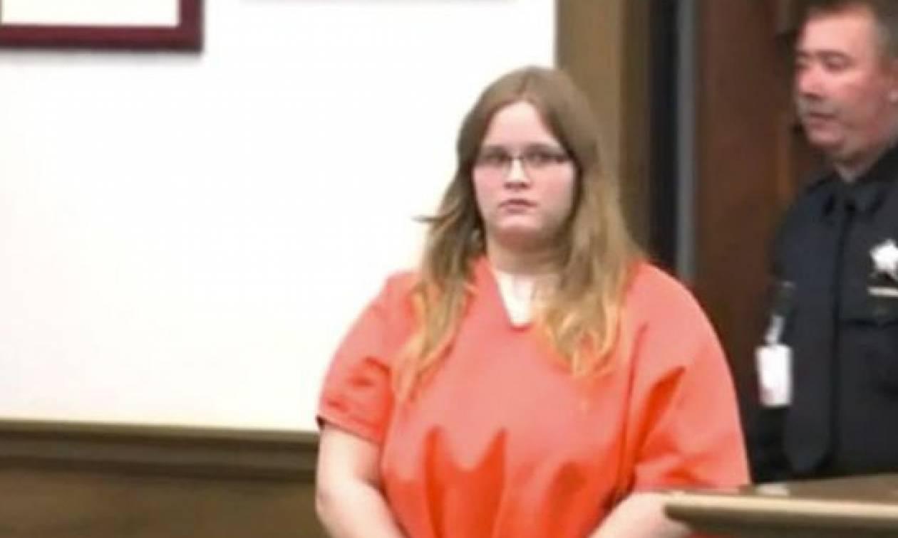 Σκότωσε τη μητέρα της και έστειλε φωτογραφία με το πτώμα στο κινητό του πατέρα