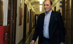 «Κόκκινα» δάνεια: Χωρίς συμφωνία ολοκληρώθηκαν οι μαραθώνιες διαπραγματεύσεις – Ελπίζει ο Σταθάκης