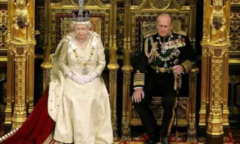 Елизавета II вручила орден кавалера Британской империи россиянке