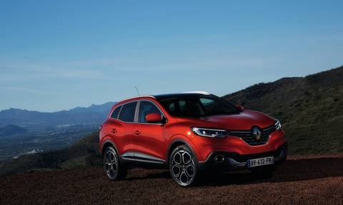 TEOREN MOTORS: H Renault και η Dacia στην έκθεση ΑΥΤΟΚΙΝΗΣΗ 2015