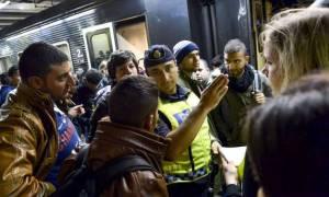 Σουηδία: Επαναφέρει προσωρινά τους ελέγχους στα σύνορα η κυβέρνηση