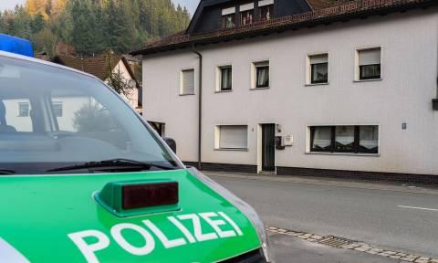 Σοκ στη Γερμανία: Γιατρός εντόπισε σε σπίτι 7 μωρά νεκρά και σε προχωρημένη αποσύνθεση