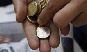 Στη δίνη της ύφεσης η ελληνική οικονομία