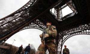 Επίθεση Παρίσι: Το Βέλγιο προτείνει στους πολίτες του να μην ταξιδεύουν στο γαλλική πρωτεύουσα