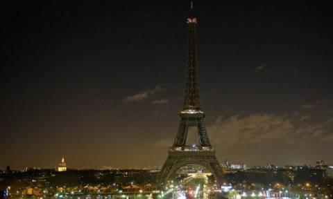 Επίθεση Παρίσι: Ενός λεπτού σιγή αύριο σε όλη την Γαλλία