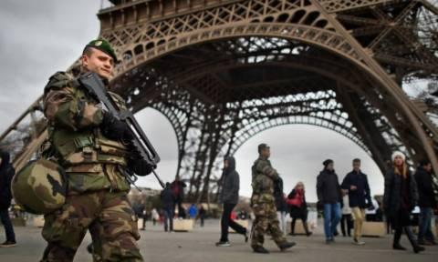Πόλη-φάντασμα το Παρίσι: Ανατριχιαστική... ησυχία μετά το μακελειό