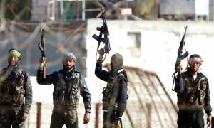 Συρία: Αντάρτες και ακτιβιστές καταγγέλλουν τις επιθέσεις του Ισλαμικού Κράτους στο Παρίσι