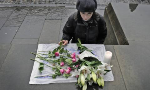 Επίθεση Παρίσι: Εκατοντάδες άτομα έδωσαν το «παρών» σε επιμνημόσυνη δέηση στο Εδιμβούργο