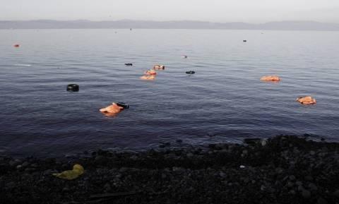Σαμοθράκη: Εντοπίστηκε σκάφος με 120 πρόσφυγες