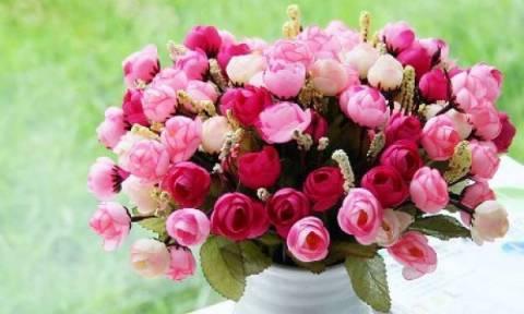 Ιδού πώς θα διατηρήσετε τα λουλούδια σας στο βάζο για περισσότερες ημέρες