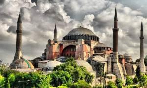 Ανησυχεί ο τουρκικός Τύπος από τα  περίεργα γεγονότα στην Αγία Σοφία